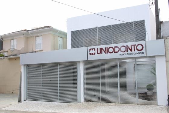 uniodonto-central